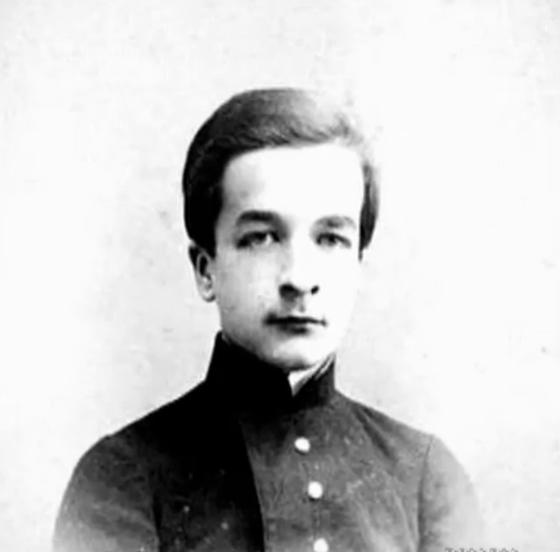 Mikhail Travtchetov