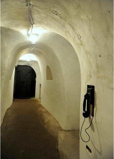 bunker-telefone