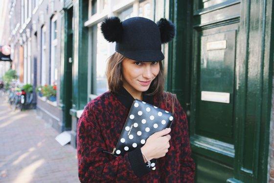 Lizzy van der Ligt chapéu