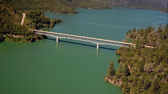 drought-oroville-2011