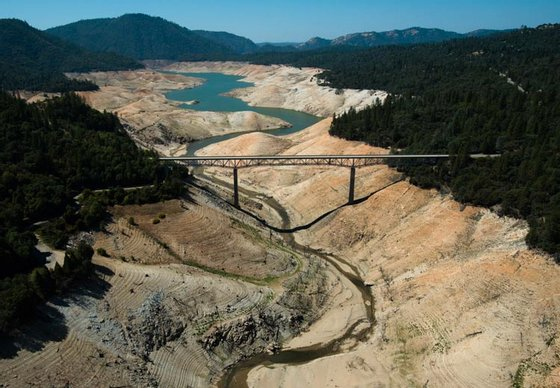 drought-oroville-sep2014
