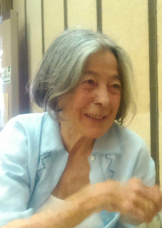 Lourdes Castro em conversa com o Observador