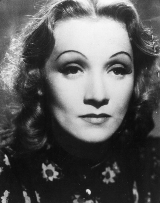 circa 1943: Marlene Dietrich, the stage name of Maria Magdalena Von Losch (1901 - 1992) the German singer and actress who spent most of her career in America. (Photo by General Photographic Agency/Getty Images)