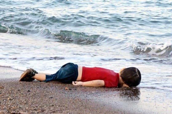 migrant-child-dead-beach-turkey (1)