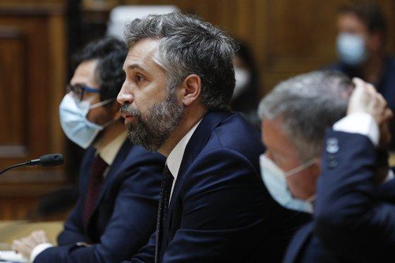 O ministro das Infraestruturas e da Habitação, Pedro Nuno Santos, durante a sua audição perante a Comissão de Economia, Inovação, Obras Públicas e Habitação, na Assembleia da República, em Lisboa, 20 de julho de 2021. ANTÓNIO COTRIM/LUSA