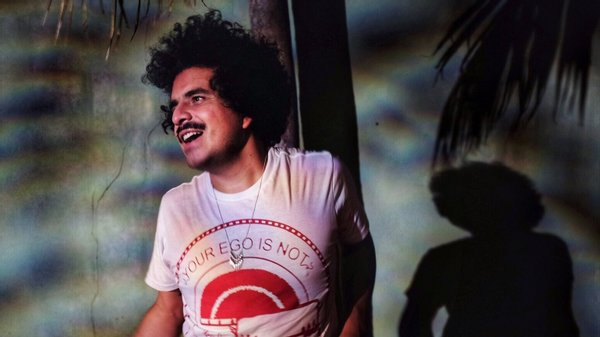 Helado Negro fez o melhor disco para sorrir, até para quem não quer –  Observador