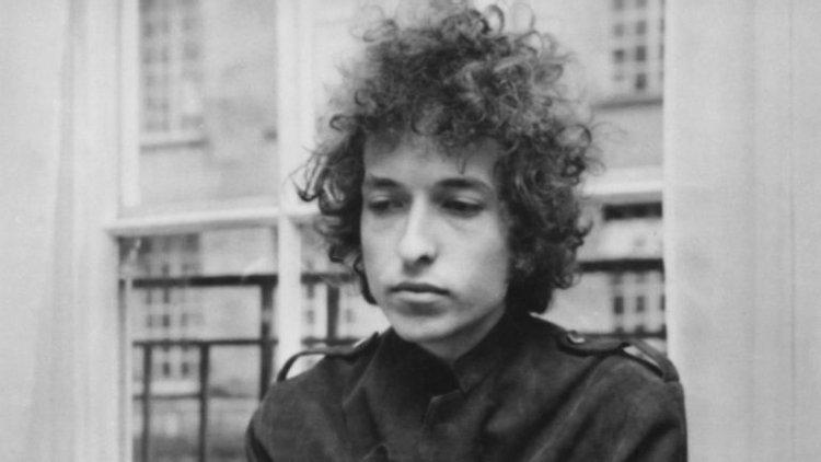 O acidente de moto que salvou a vida de Bob Dylan – Observador